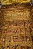 L'altare dorato nella cattedrale nella città di Siviglia in Andaucia Spagna del sud Fotografia Stock Libera da Diritti