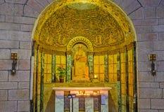 L'altare laterale nella chiesa di Dormition Fotografie Stock
