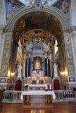 L'altare principale in chiesa di Santa Maria del Popolo, Roma Immagini Stock Libere da Diritti