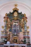 L'altare principale nella chiesa del presupposto di vergine Maria in Pakrac Fotografia Stock