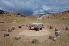 L'altare sacrificale alle rovine di Chincana su Isla del Sol sul Titicaca Fotografie Stock Libere da Diritti