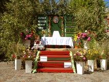 L'altare sulla processione di Corpus Christi Immagini Stock Libere da Diritti