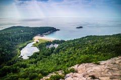 L'alveare Cliff Trail nell'acadia parco nazionale, Maine fotografia stock libera da diritti