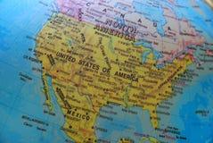 L'Amérique sur le globe Photographie stock libre de droits