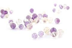 L'améthyste d'Ametrine perle dans des couleurs pourpres, violettes et jaunes Photographie stock libre de droits
