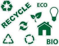 L'ambiente verde e ricicla le icone Immagine Stock