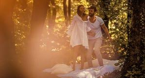 L'amore è sempre divertimento e bello immagini stock