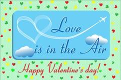 L'amore della scheda del biglietto di S. Valentino è nell'aria Fotografia Stock Libera da Diritti