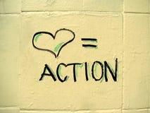L'amour égale le signe d'action Photo libre de droits