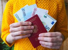 L'amour de l'argent l'euro note la réflexion Images libres de droits