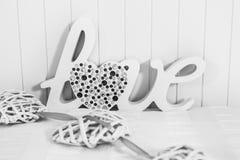 L'amour de mot avec le coeur Images libres de droits