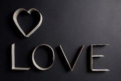 L'amour de mot composé des lettres de carton Images stock