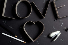 L'amour de mot composé des lettres de carton Photo stock