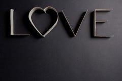 L'amour de mot composé des lettres de carton Photos libres de droits