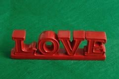 L'amour de mot en rouge Image stock