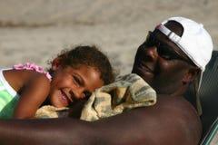 L'amour du papa photo stock