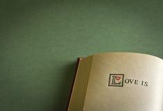 L'amour est… Image libre de droits