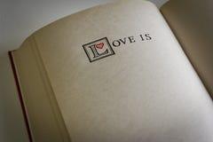 L'amour est… Images libres de droits