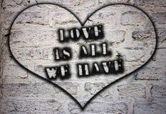 L'amour est tout que nous avons photos libres de droits