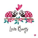 L'amour mignon de carte de jour de valentines branche le rose sur table d'écoute Photos libres de droits