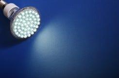 l'ampoule a abouti plus neuf léger Images stock