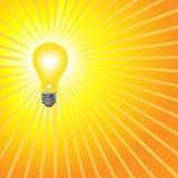 L'ampoule jaune lumineuse superbe brille Image stock