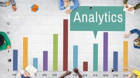 L'analyse d'analyse d'Analytics relient le concept de données photos stock