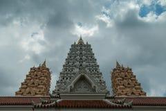 L'ange de vue d'uprisen du temple Wat Yannasan de Yannasang Wararam photographie stock libre de droits