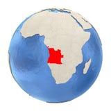 L'Angola en rouge sur le plein globe d'isolement sur le blanc Photo stock