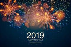 L'année 2019 montrée avec des feux d'artifice et des stroboscopes Nouvelle année et concept de vacances photographie stock libre de droits