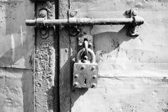 L'annata fissa lo scivolamento della porta del fermo Immagini Stock Libere da Diritti