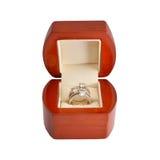 L'anneau d'or avec des diamants Image libre de droits
