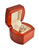 L'anneau d'or avec des diamants Photos libres de droits