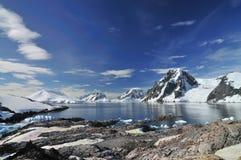 L'Antartide d'esplorazione Immagine Stock