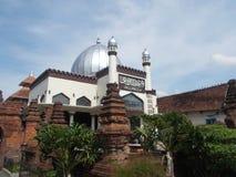 L'antico della moschea Indonesia di kudus immagini stock libere da diritti