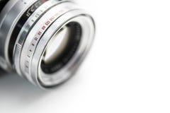 L'appareil-photo très vieil de film de vintage, macro studio a tiré sur Backgro blanc Photo libre de droits