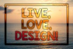 L'apparence de note d'écriture vivante, amour, conçoivent l'appel de motivation La présentation de photo d'affaires existent tend Photo stock