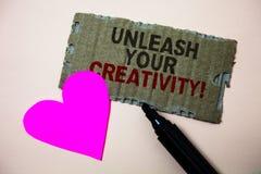 L'apparence de signe des textes lâchent votre appel de créativité La photo conceptuelle développent le carton personnel r de Brow Images stock