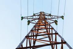L'appui d'une ligne électrique électrique Tour électrique Photo libre de droits
