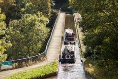L'aqueduc et le viaduc de canal de Langollen à Chirk Images libres de droits
