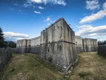 L ` Aquila Abruzzi, Włochy: kasztel zdjęcie royalty free