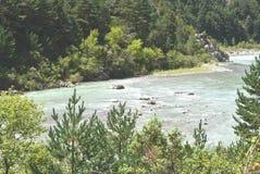 L'ara del fiume come passa vicino a AÃnsa, Spagna Fotografia Stock Libera da Diritti