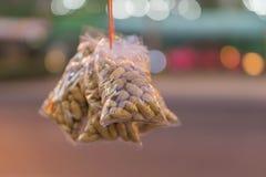 L'arachide spara il primo piano pronto da mangiare fotografia stock libera da diritti