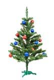L'arbre de Noël a décoré les boules rouges et bleues Photographie stock libre de droits