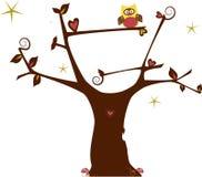 L'arbre et le hibou d'amour Photos libres de droits