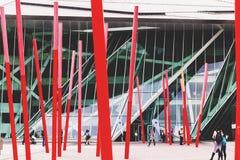 L'architecture futuriste de Bord Gais Theare en Dublin Docklands Photographie stock