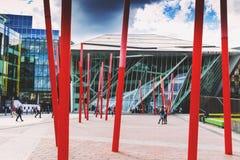 L'architecture futuriste de Bord Gais Theare en Dublin Docklands Image libre de droits