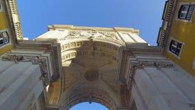 L'arco famoso ad Augusta Street a Lisbona stock footage