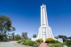 L'area di osservazione della sommità con la prima guerra mondiale & II memoriali è stata eretta dai cittadini di Albury per comme fotografia stock