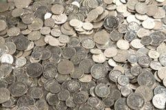 l'argent comptant invente la pile Photo libre de droits